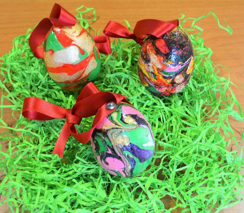 Marbling eggs 2