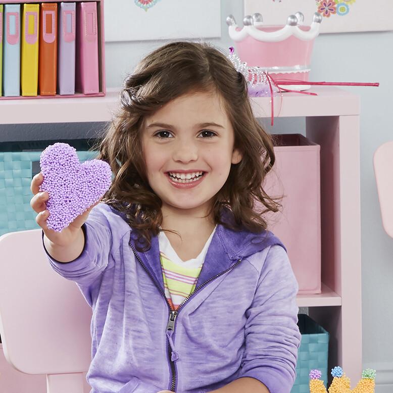 1900 03 Playfoam Heart Girl