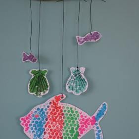 Entertain Your Child This Summer With This Easy Low Cost And Fun Seaside Mobile Children's Crafts Activity
