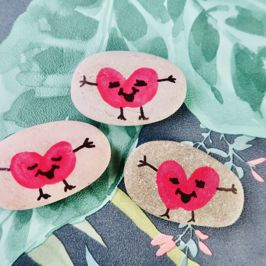 It's Make it Monday | Let's Make Valentines Friendship Pebbles