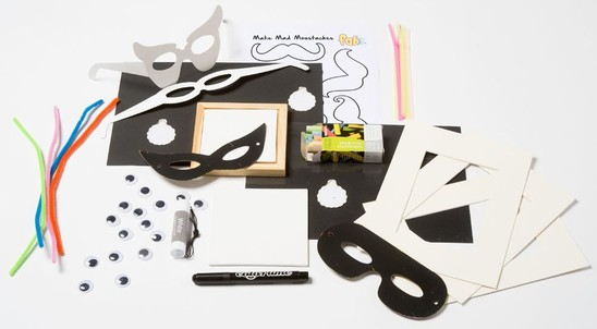 Selfie Portraits - Fun Arty Box - FAB